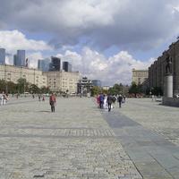Москва - На площади Победы