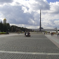 Москва - Главная аллея парка Победы