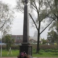 """памятник """"Слава воинам-победителям"""" в поселке Аннино"""