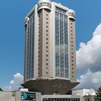 Здание бизнес-центра.
