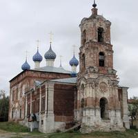 Церковь Успения Пресвятой Богородицы (построена в 1753 году).  28 августа 2008 года