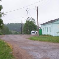 Лутовёнка, магазин, постройка  конца  60-ых годов.