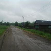 Лутовёнка, Центральная улица, по  дороге  в  Быльчино.