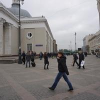 Около Ярославского Вокзала.