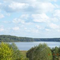 Днем на озере Обретино