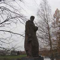 Мемориальный комплекс в парке Победы
