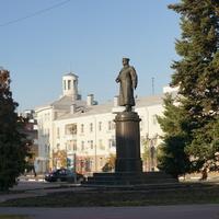 Памятник генералу И.Р.Апанасенко