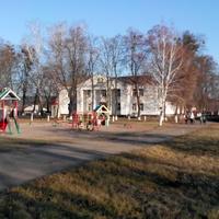 Центр Березняків-вид на клуб,осінь 2016 р