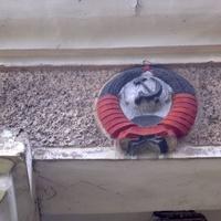 Радянський декор на приміщенні покинутого клубу