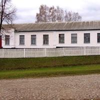 Лузанівська школа