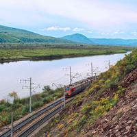 Транссибирская магистраль. Состав подходит к станции Приисковая