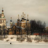 Церковь Дмитрия Прилуцкого на Наволоке. Набережная 6-й Армии в Вологде