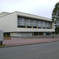 Театр ім.Старицького.