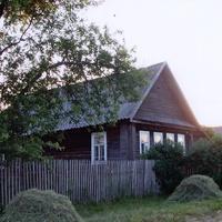 Лутовёнка, дом Маловых Павла м Анны, июнь 2006 г.