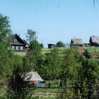 Лутовёнка, улицы  Луговая и Придорожная, июнь 2006 года.