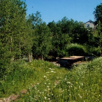 Лутовёнка, развалины  старого моста через  речку Хоронятку