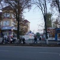 Улица Свободы, стихийный рынок