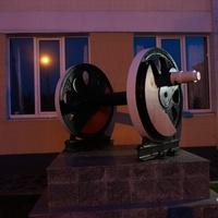 Памятник Железнодорожной Паре колёс