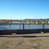 Нижнеудинск. Река Уда. Остатки старого моста