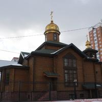 Подольск, Силикатная-2,  церковь Кирилла и Мефодия на Тепличной ул.