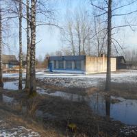 Будынак былой крамы ў Гулідаве.