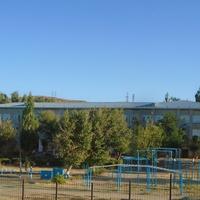 Жанатас. Школа-гимназия имени Ш. Уалиханова