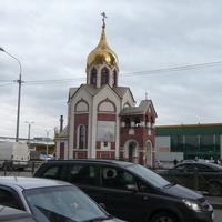 На Богатырском проспекте.