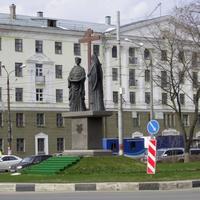 Н. Новгород - Пл. Лядова - Памятник в честь Воздвижения Животворящего Креста
