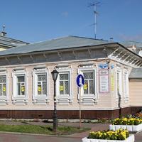 Проспект Чумбарова-Лучинского, 18
