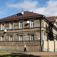 Проспект Чумбарова-Лучинского, 52
