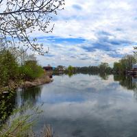 Протока Кривель, в народе озеро долгое оно же понтонное.