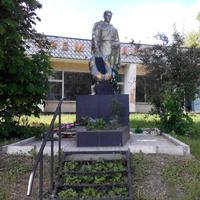 Памятник ВОВ.