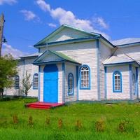 Деревянная Троицкая церковь в Сунках построена в 1864 г
