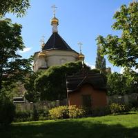 Парк Сказок и церковь Спаса Преображения