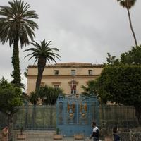 Тунис. Посольство Франции в Тунисе.