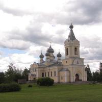 Лезье. Церковь Успения Пресвятой Богородицы