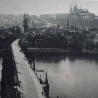 Karlóv most a Hradčany/Karsbrúcke und Hradshin/Карлов мост 40-е года.