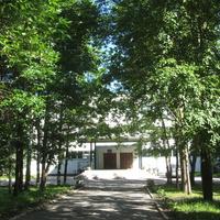 Ивангород. Школа № 1 имени Н.П. Наумова