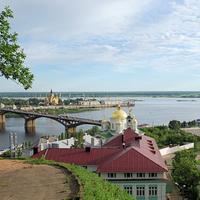 Вид на Благовещенский монастырь и Стрелку.