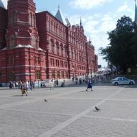 Александровский Сад, Манежная, Революции, Театральная площади