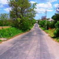 Центральная улица села.