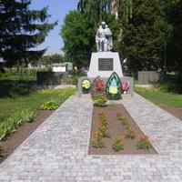 Памятник погибшим в войне 1941-45г.