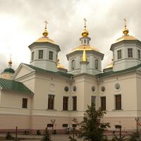 Крестовоздвиженский монастырь.