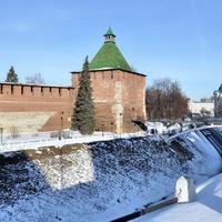 Зима. Никольская башня.