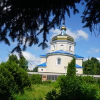 Яланец.Православная церковь.