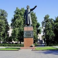 Пл. Минина и Пожарского - Памятник Козьме Минину   101
