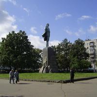 Пл. Максима Горького - Памятник М. Горькому