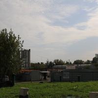 Улица Кирпичные Выемки, автосервис
