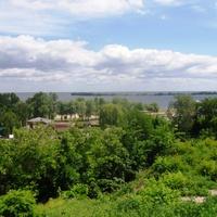 Вид на Днепр с парка им Богдана Хмельницкого.