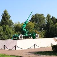 Памятник воинам ПВО 232 дивизиона, зенитное орудие